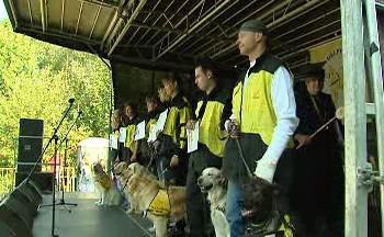 Promoce asistenčních a vodicích psů