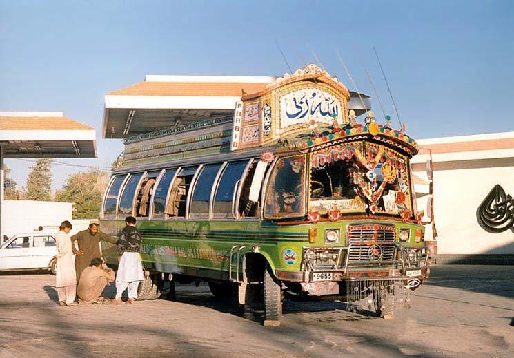 Pákistánský autobus