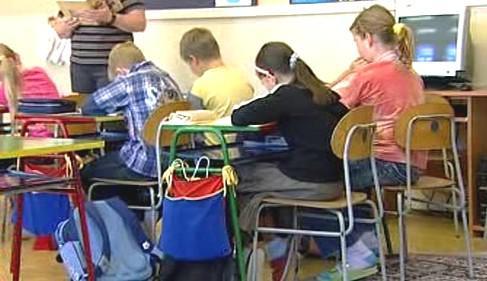 Nevhodný školní nábytek