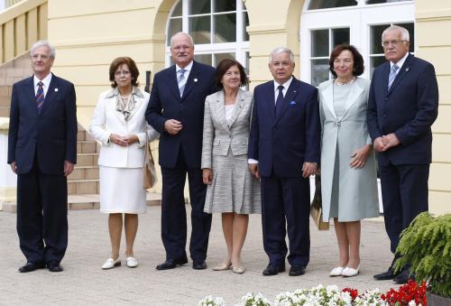 Prezidenti V4 s manželkami na schůzce v Sopotech