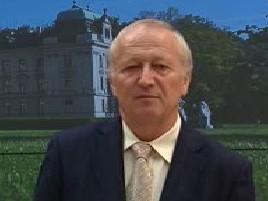 Ministr financí Eduard Janota