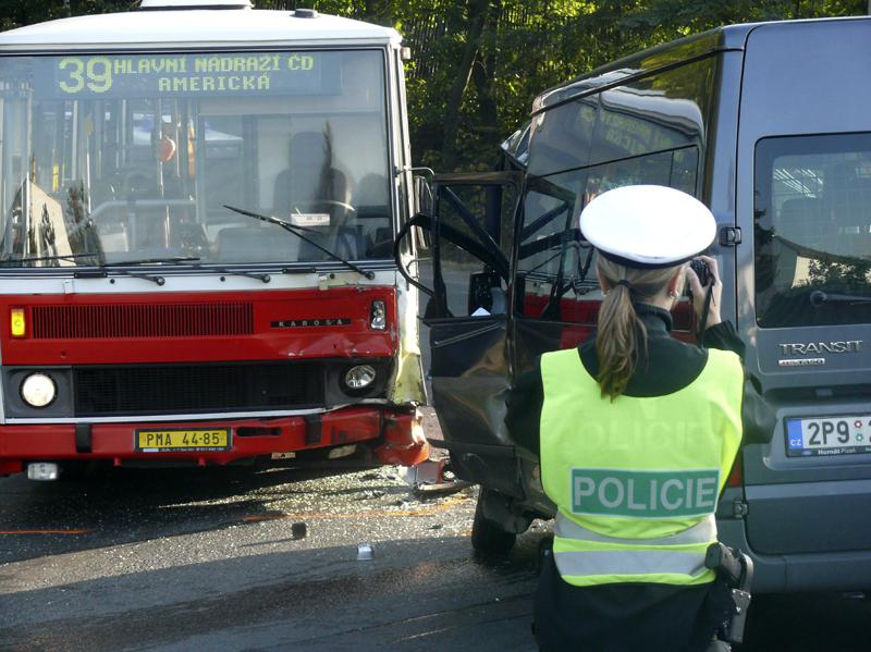Policistka u nehody