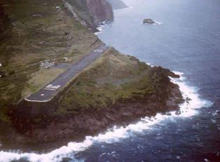 Letiště Juancho E. Yrausquin