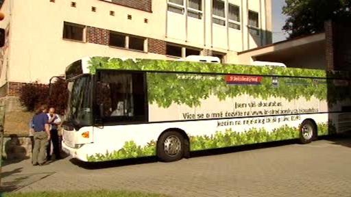 Autobus s ekonomickým pohonem
