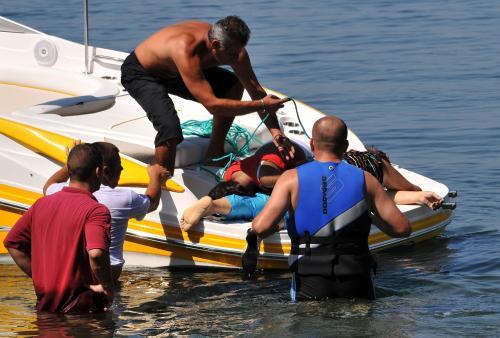 Záchranné práce na jezeře Ochrid
