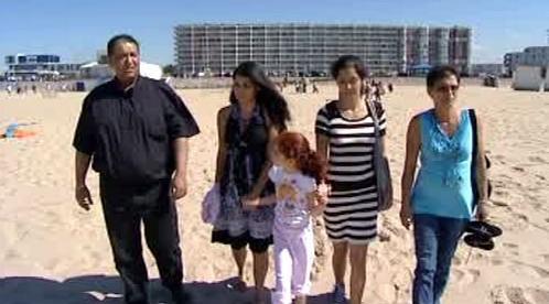 Rodina Erosových na pláži