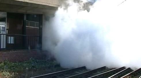 Winton train vyjíždí z anglického Harwiche