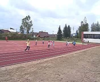 Nové školní hřiště ve Volarech