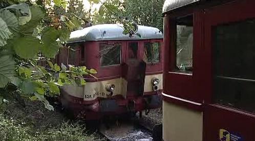 Střet motorových vlaků