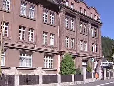 Budova kraslické polikliniky