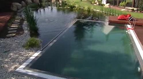 Bazén inteligentního domu