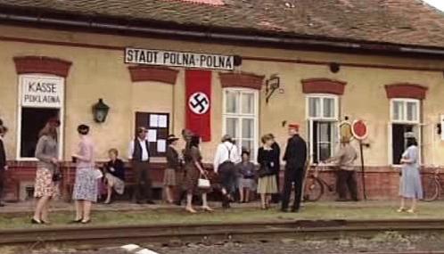 Záběr z filmu Andělé na kolejích