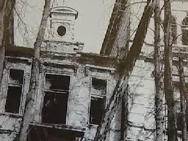 Původní stav zámku Korozluky