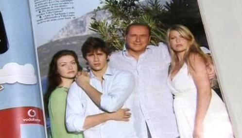 Silvio Berlusconi v italském tisku