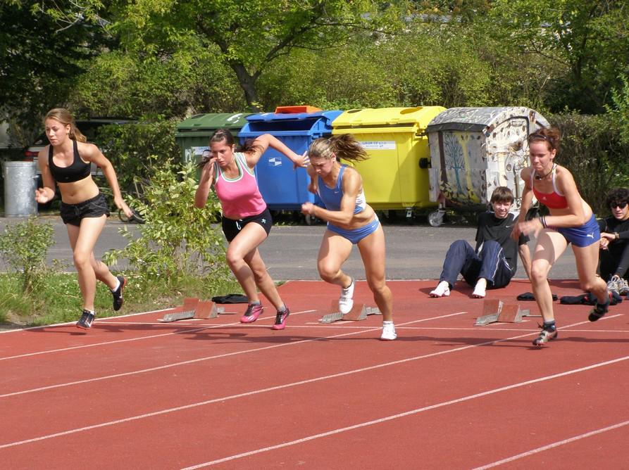 Atletické závody v Lounech