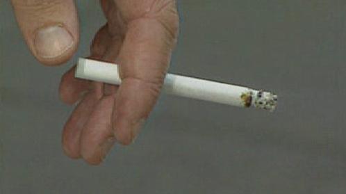 Kuřák s cigaretou