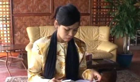 Kartika Sari Shukarnová bude za pití piva zbičována