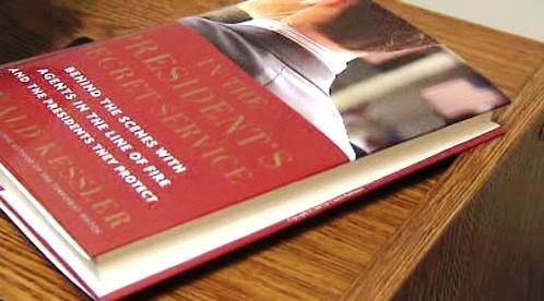 Kniha Ronalda Kesslera