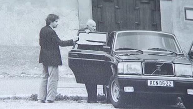 František Tomášek zachycený StB