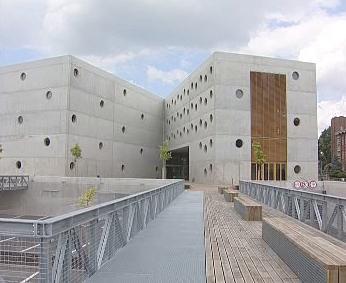 Novostavba knihovny