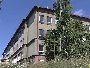 Objekt technické školy v Ostrově