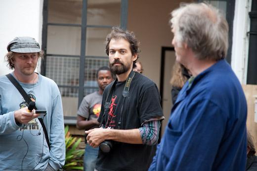 Fotograf Radek Květoň (uprostřed)