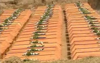 Ostatky Němců zavražděných v Malborku
