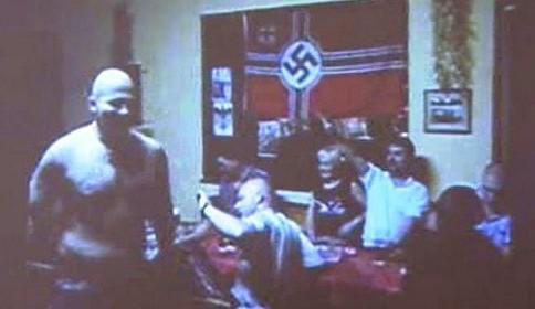 Hajlující neonacisté