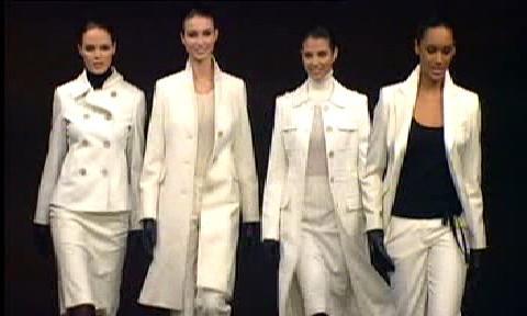 Oděvy značky Escada