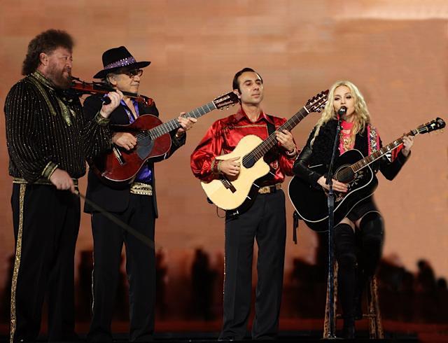 Madonna a Kolpakov trio