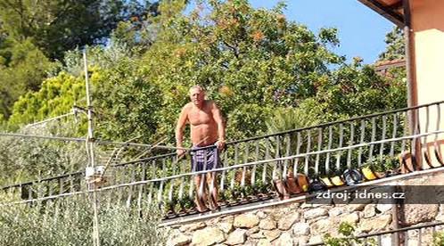 Mirek Topolánek na dovolené v Itálii