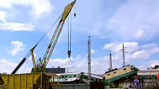 Odklízení následků železniční nehody