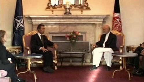 Anders Fogh Rasmussen a Hamíd Karzáí