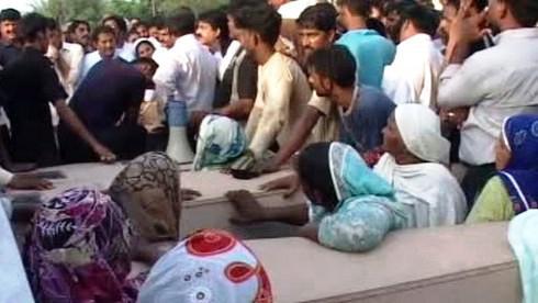 Pohřeb obětí útoku na křesťany v Pákistánu