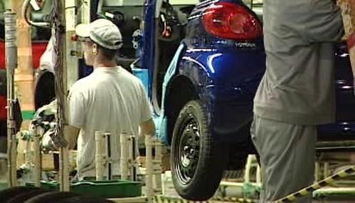 Pracovníci v automobilce