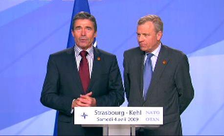 Anders Fogh Rasmussen a Jaap de Hoop Scheffer