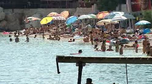Čeští turisté plní chorvatské pláže