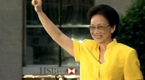 Corazon Aquinová