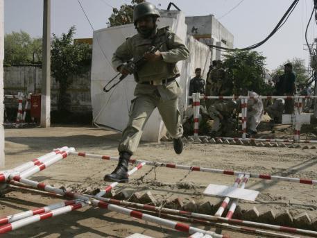 Pákistánské jednotky v akci