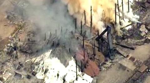 Požár chemičky v Texasu