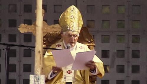 Benedikt XVI. slouží mši v Betlémě