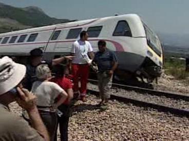 Vykolejený chorvatský vlak