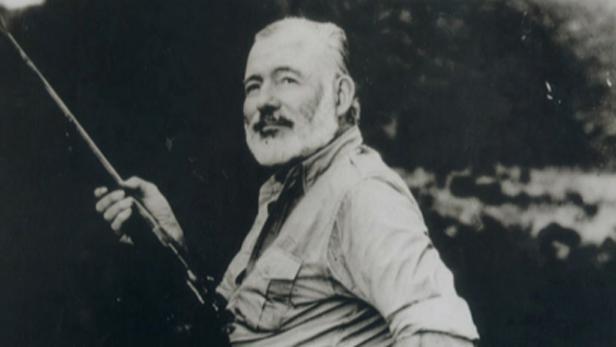 Spisovatel Ernest Hemingway