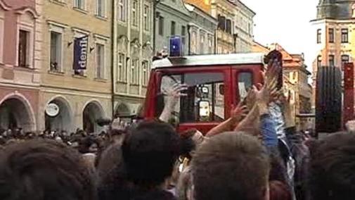 Tlačenice na českobudějovickém náměstí
