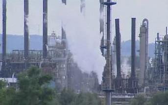 Výbuch v továrně Total
