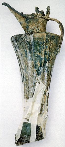 Laténská kultura - bronzová konvice