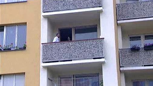 Obyvatel okolního bytu