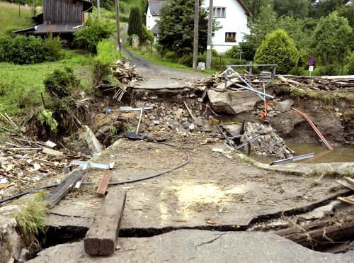 Zbytky mostu v Dolních Habarticích