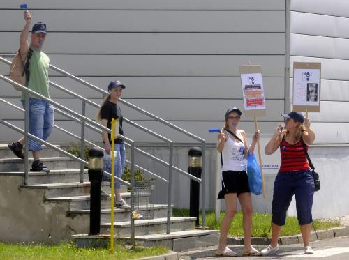 Protestující zaměstnanci společnosti Alcoa Fujikura