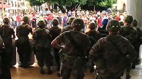 V Hondurasu došlo k vojenskému puči